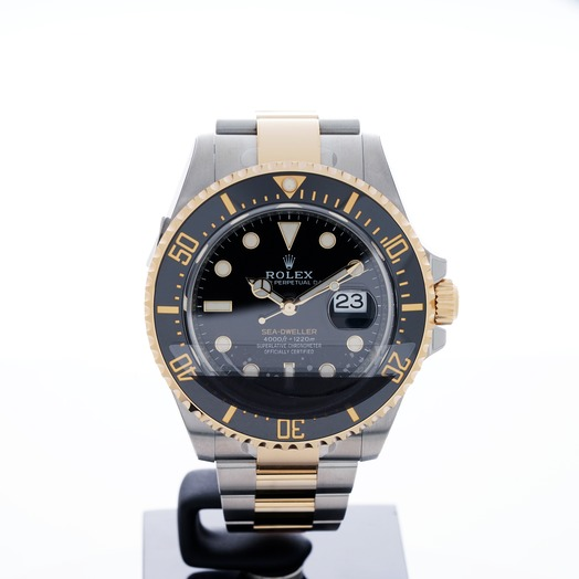 Rolex Sea-Dweller Oystersteel and 18 ct Yellow Gold Automatic Black Dial Unisex Watch
