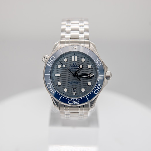 Omega Seamaster Diver 300 M Co-Axial Master Chronometer 42mm Automatic Grey Dial Steel Men's Watch 210.30.42.20.06.001