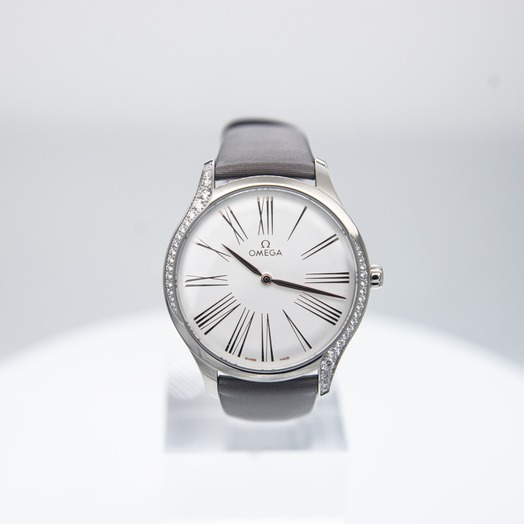 Omega De Ville Tresor Quartz 39mm Quartz Silver Dial Steel Men's Watch 428.17.39.60.02.001