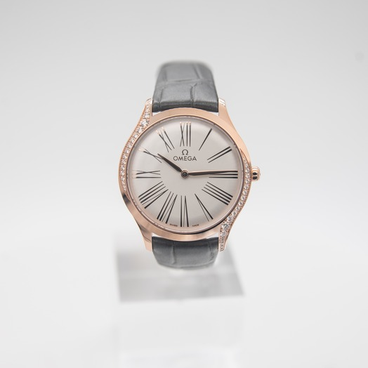 Omega De Ville Tresor Quartz 36mm Quartz Silver Dial Gold Unisex Watch