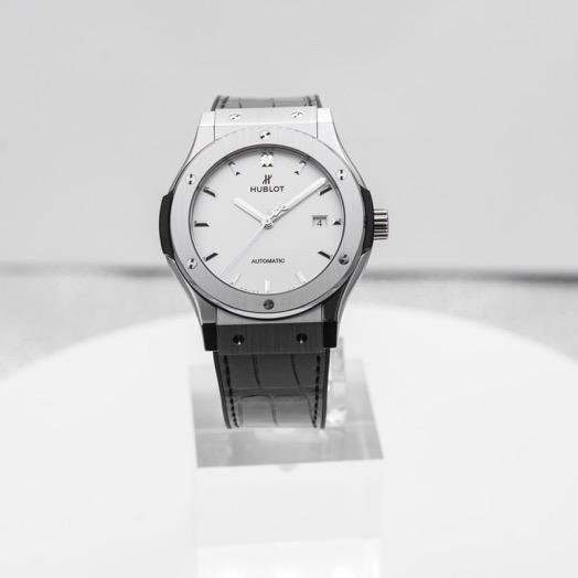 Hublot Classic Fusion Titanium Opalin Automatic Silver Dial Men's Watch 542.NX.2611.LR