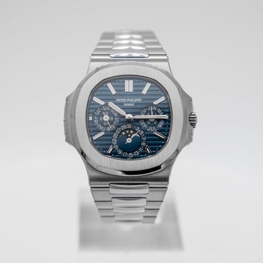 Patek Philippe Nautilus Blue Dial Men's Calendar Watch 5740/1G-001