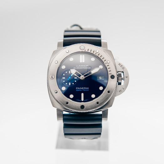 Panerai Luminor Submersible BMG-TECH Automatic Blue Dial 47 mm Men's Watch PAM00692